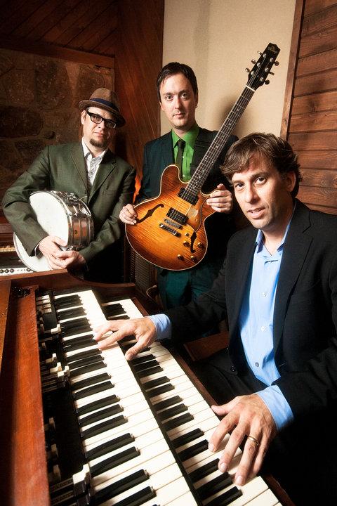 Memphis organ trio, The City Champs. L to R: myself, Joe Restivo & Al Gamble, circa 2010, courtesy of Christopher Parks.